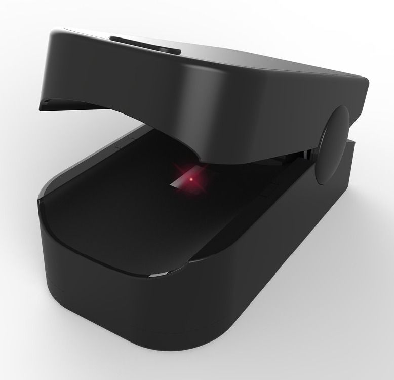 FITFAITH pulzní oxymetr na prst - černý